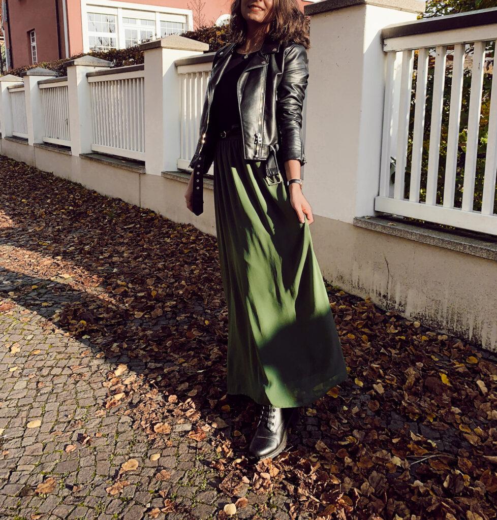 Secondhand Fashion: 10 Gründe, Kleidung gebraucht zu Kaufen! Second hand fashion mode kleidung thrifted thriftshop reuse nachhaltigkeit